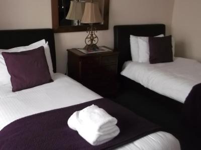 Collington Lodge Guest House - Laterooms