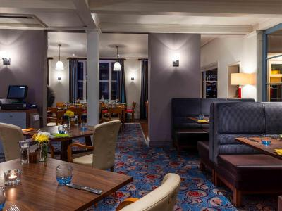 The White Lion Hotel – Aldeburgh (Bar & Brasserie) - Laterooms