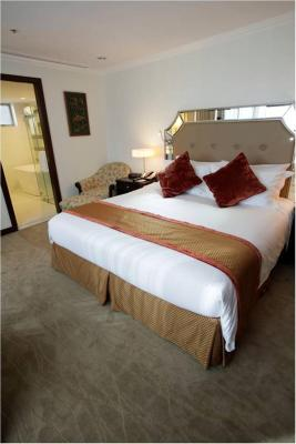 Discovery Suites - Laterooms