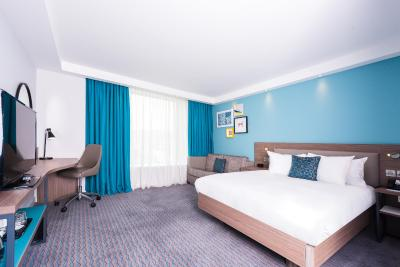 Days Hotel Belfast City Centre - Laterooms