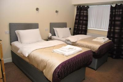 The Old School Guest House M74 JCT 8 - Laterooms