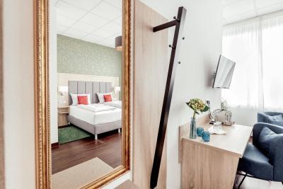 Pallas Hotel - Laterooms