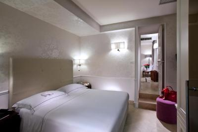 The Ashbee Hotel - Laterooms