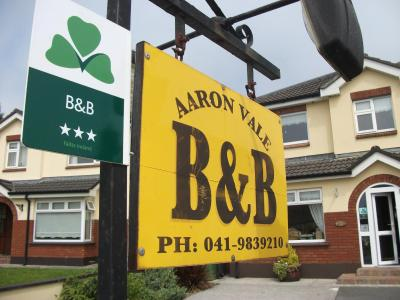 Aaron Vale B & B - Laterooms