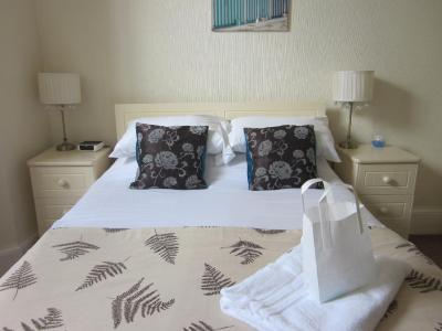 Rivelyn Hotel - Laterooms