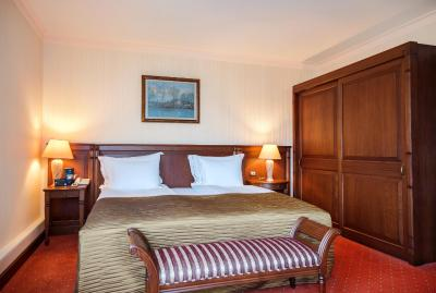 Crystal Palace Boutique Hotel - Laterooms