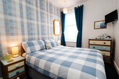 Amrock Guest House - Laterooms