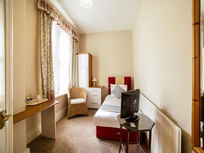 The Briary Hotel - Laterooms