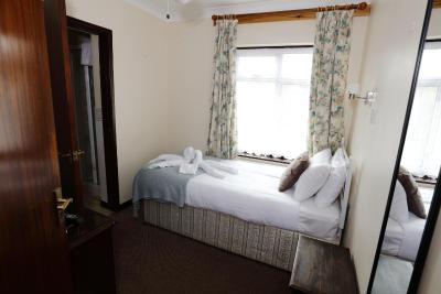 Aylesbray Lodge - Laterooms