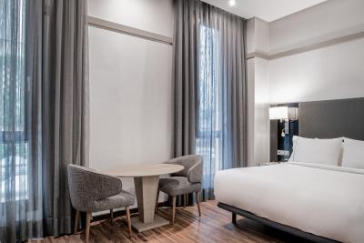 AC Hotel Recoletos By Marriott - Laterooms