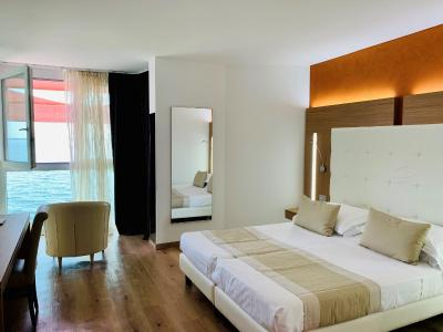 Hotel Kriss Internazionale - Laterooms