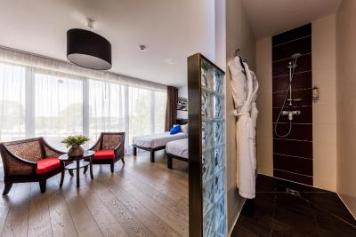 Le Pier Toulouse Hotel - Laterooms