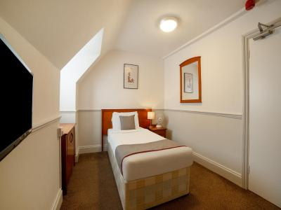 Comfort Hotel Luton - Laterooms