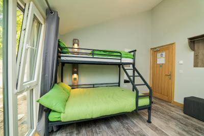 YHA Bath - Laterooms