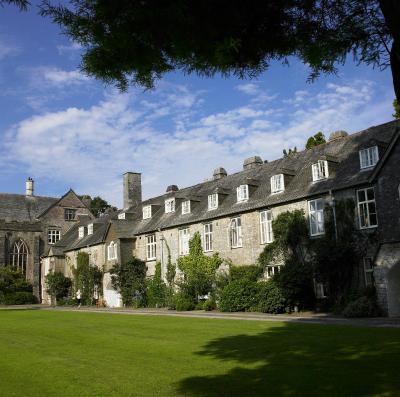 Dartington Hall - Laterooms