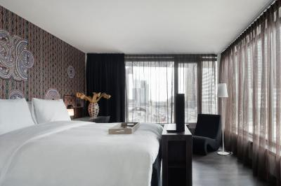 Mainport Design Hotel - Laterooms
