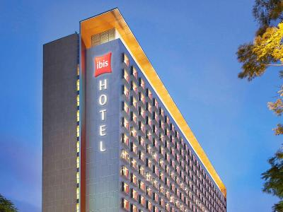 Ibis Singapore on Bencoolen - Laterooms