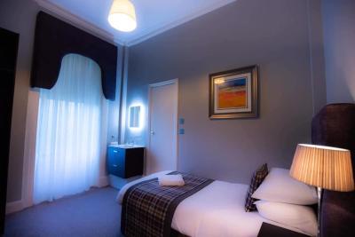 The Georgian Hotel - Laterooms