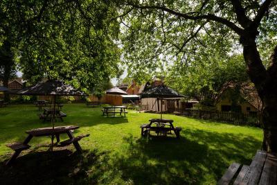 The Poacher Inn - Laterooms