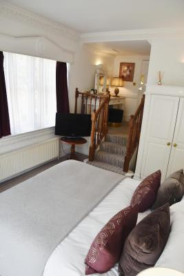 Rye Lodge Hotel - Laterooms