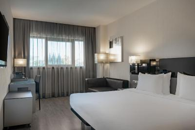 AC Hotel Atocha, by Marriott - Laterooms