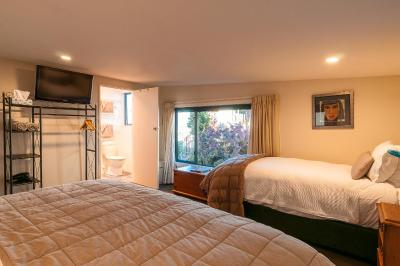 Coronet View Deluxe B&B; and Apartments - Laterooms