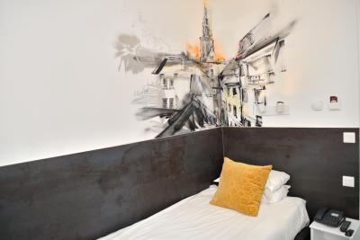 Hotel Des Arts - Laterooms