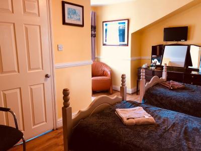 Castle Lodge Guest House - Laterooms