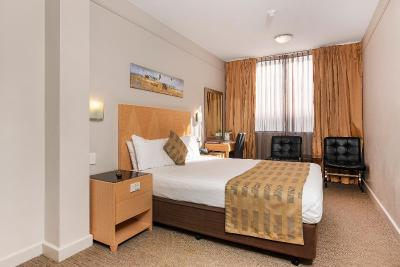 Perth Ambassador Hotel - Laterooms