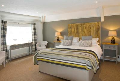 Hunters Lodge Inn - Laterooms