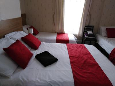 Redstone Guest House - Laterooms