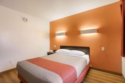 Motel 6 Orlando - International Drive - Laterooms