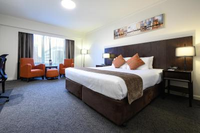 Hotel Grand Chancellor Adelaide on Hindley - Laterooms