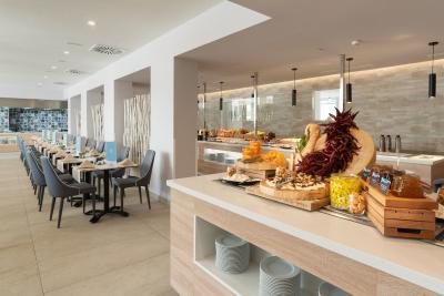 Hotel Las Arenas - Laterooms