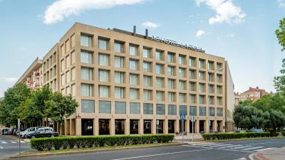 AC Hotel La Rioja By Marriott - Laterooms