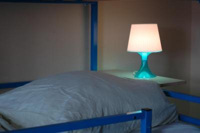 Buch-Ein-Bett Hostel - Laterooms
