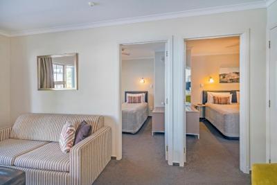 Silver Fern Rotorua - Accommodation & Spa - Laterooms