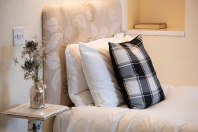 Northop Hall Country House Hotel - Laterooms