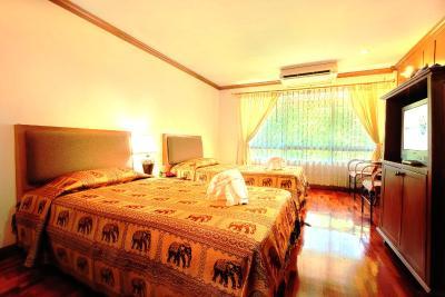 Royal Ivory Sukhumvit Nana by Compass Hospitality - Laterooms