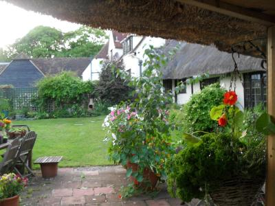 Church Hall Farm Bed and Breakfast - Laterooms