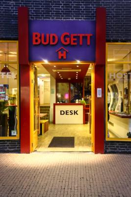 Bud Gett Hostels - Laterooms