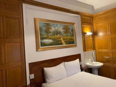 Princess Hotel - Laterooms
