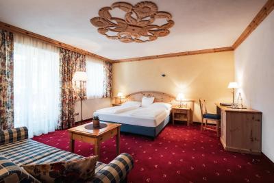 Hotel Corona - Laterooms