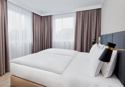 Crowne Plaza HAMBURG - CITY ALSTER - Laterooms