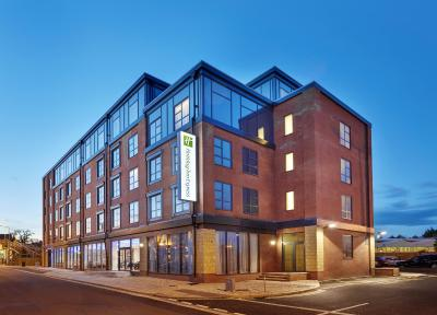 Holiday Inn Express GRIMSBY - Laterooms
