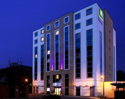 Holiday Inn Express LONDON - DARTFORD - Laterooms