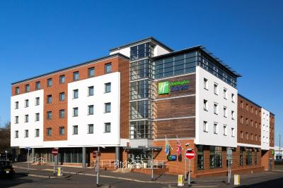 Holiday Inn Express HAMILTON - Laterooms