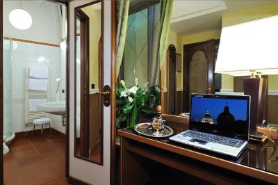 Hotel Farnese - Laterooms