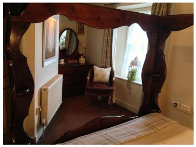 Burford Lodge Hotel & Restaurant - Laterooms
