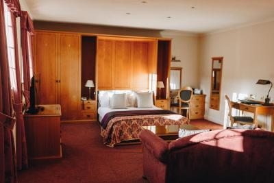 Hunters Lodge Hotel - Laterooms